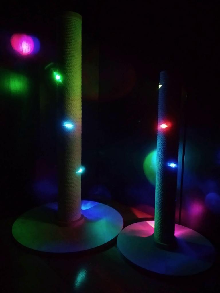 когтеточка столбик с подсветкой