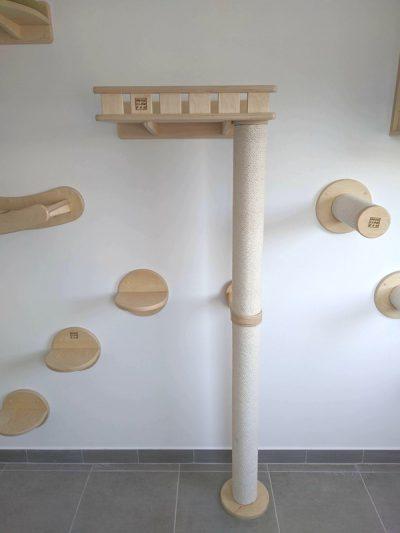Столбик напольно-настенный с полкой