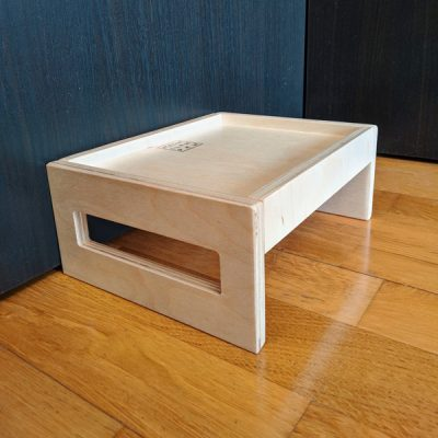 столик подставка для мисок